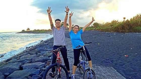 Pantai Batu Tumpeng Klungkung Bali