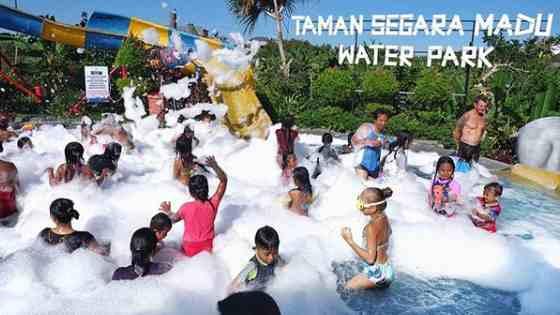 Pesta Mandi Busa di Taman Segara Madu Waterpark Bali