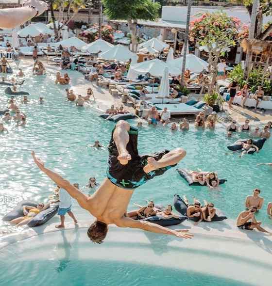 Mrs Sippy Seminyak Bali – Review Menu & Harga Tiket Masuk 2019