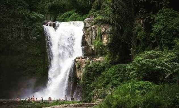 Air Terjun Tegenungan Kemenuh Ubud Bali