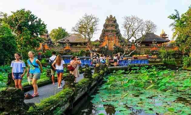 Pura Taman Saraswati Temple Ubud Bali Indonesia Image